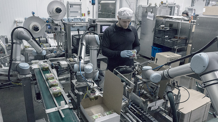 Collaborativ Robots In Packaging Application At Atria Sweden