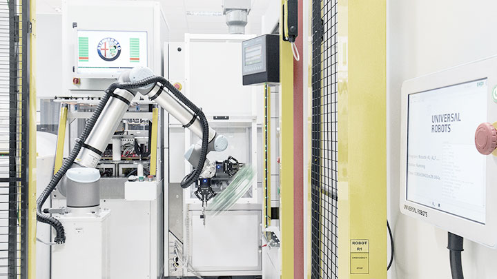 Collaborative Robots At Continental Automotive Spain