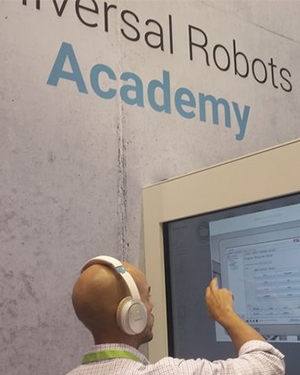 Universal Robots launches Universal Robots Academy offering free online training in robot programming