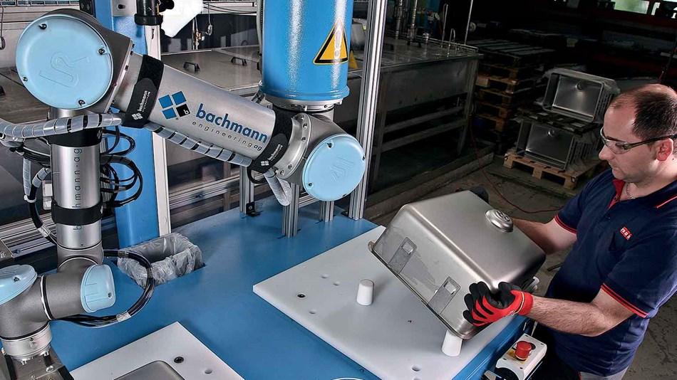 Franke, cobot, Universal Robots, glueing