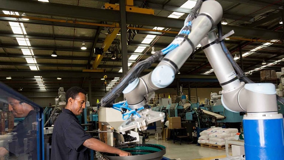 Universal Robots create 24/7 automated manufacturing