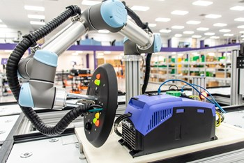 invertek drives integrates ur cobots